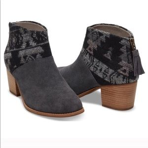 Toms Leila Grey Suede Tribal Print Ankle Booties 8